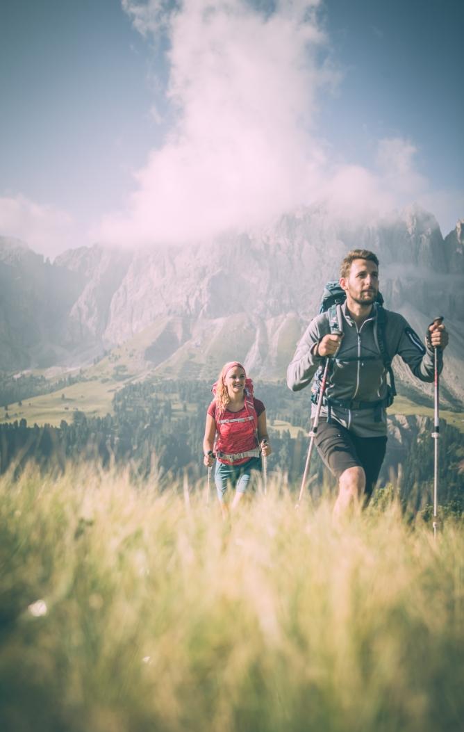 Sommerurlaub auf der Alm und in der umwerfenden Naturlandschaft der Dolomiten